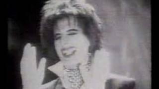 getlinkyoutube.com-Muerte de Freddie Mercury Parte 1