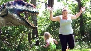 getlinkyoutube.com-Dinosaur In Real LIfe Prank