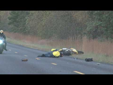 Motorcycle Wheelie Crash in HD!