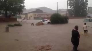 getlinkyoutube.com-Cyclone Dineo