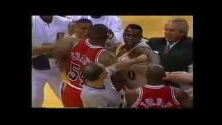 getlinkyoutube.com-Top Five Michael Jordan Fights