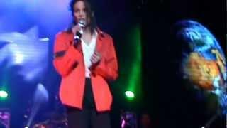 getlinkyoutube.com-This Guy Is Amazing! - Kenny Wizz (Heal The World) Live