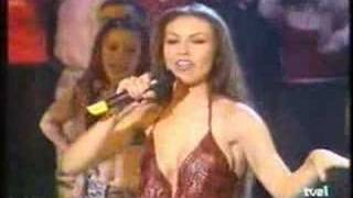 getlinkyoutube.com-Rosalinda - Thalía en Musica Si