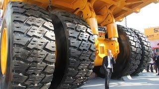getlinkyoutube.com-Самый большой карьерный самосвал в мире в работе   The Largest Dump Truck in The World