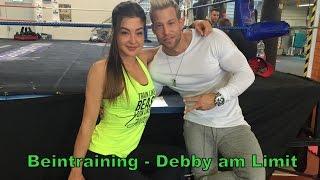 Debby am Limit beim Beintraining - Teil 2