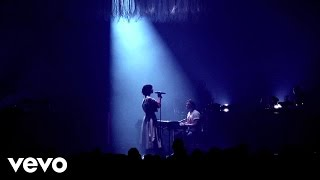 The Dø - A Mess Like This / Omen (Live at l'Olympia, Paris)
