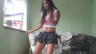 getlinkyoutube.com-Raquel dançando 21 aninhos.avi