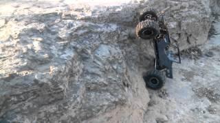 getlinkyoutube.com-Axial wraith on proline chisel tires