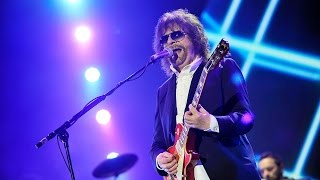 getlinkyoutube.com-Jeff Lynne's ELO - Mr. Blue Sky at Radio 2 Live in Hyde Park 2014