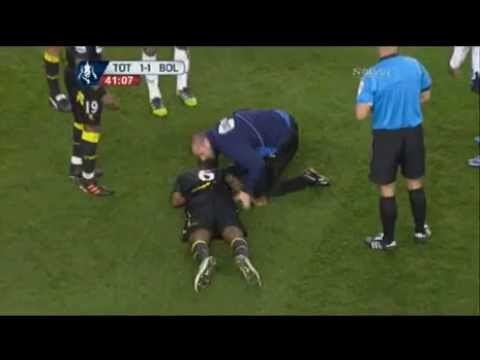 Fabrice Muamba Collapses on pitch during FA Cup