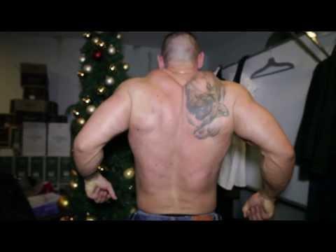 Moški striptiz plesni show Total Knockout okt 2013