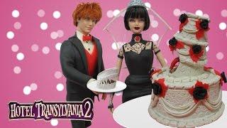 "getlinkyoutube.com-Play Doh ""Hotel Transylvania 2"" Mavis & Jonathan  Wedding Inspired Clothes"