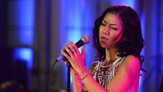 Jhene Aiko - The Worst (Live at Future Festival)