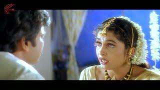 getlinkyoutube.com-Chiranjeevi & Ramya Krishnan First Night Scene || Iddaru Mitrulu Movie || Chiranjeevi, Sakshi