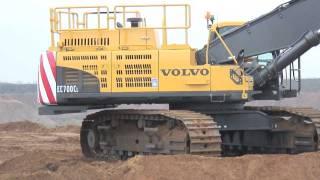 getlinkyoutube.com-Volvo EC700C Crawler Excavator Breedon Aggregates Digger