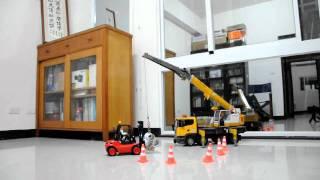 getlinkyoutube.com-RC BRUDER  Serie Liebherr Kran-LKW 03570-1