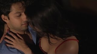 getlinkyoutube.com-Tulip Joshi Hot Bed Scene with Vatsal Seth