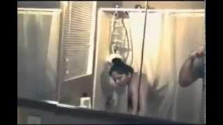 getlinkyoutube.com-স্ত্রীর গোসলের ভিডিও'র সময় হঠাৎঅশরীরী আত্মা!