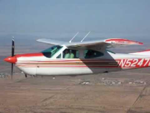 Cessna 177RG Cardinal flying