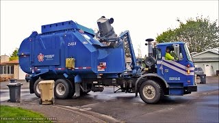 getlinkyoutube.com-Garbage Trucks: On Route, In Action!