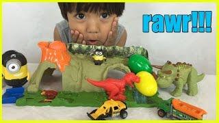 getlinkyoutube.com-DINOSAUR TOYS Matchbox Mission Dino Raiders Jurassic World Surprise Eggs Minions  Ryan ToyReview