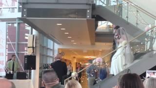 getlinkyoutube.com-Marine surprises sister at her wedding