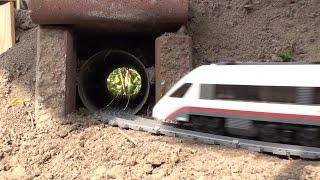 getlinkyoutube.com-Garden Railway Lego train 60051