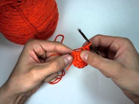 How to Crochet a Hat in the Round!
