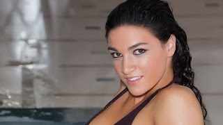 getlinkyoutube.com-Bouncing Hurdler Michelle Jenneke Stars in Sexy New Workout Video