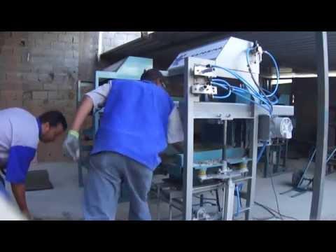 Maquina Para Fabricar Blocos Pneumatica P.30 Economica FONE: (11)2571-1888