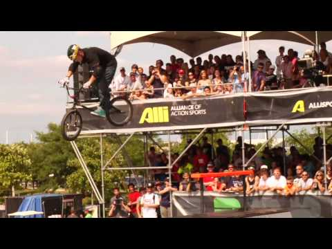 Dew Tour - Mark Webb, Garrett Reynolds, Mike Spinner + More - BMX Park Highlights - Chicago 2010
