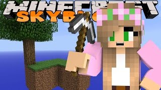 Minecraft Skyblock - Little Kelly - OUR FIRST SKYBLOCK!