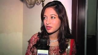 getlinkyoutube.com-Preetika Rao's Mujhko Pehchan Lo