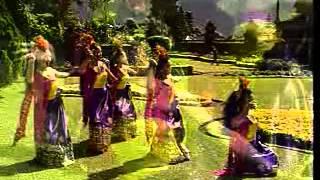 getlinkyoutube.com-Baliness Dance - Tari Puspanjali