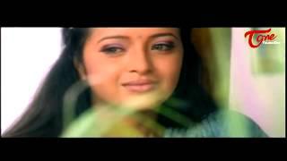 Uday Kiran Romance with  Reema Sen || Best Romantic Scene of Tollywood #121