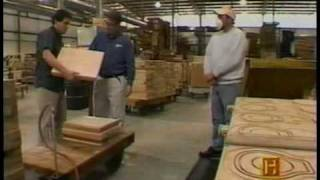 getlinkyoutube.com-How Gibson Les Pauls Are Made