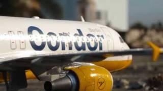 getlinkyoutube.com-Airbus A320 Condor Berlin