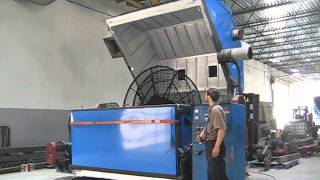 getlinkyoutube.com-FSP 80 Clam Shell Rotational Molding Machine Video
