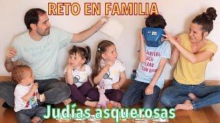 getlinkyoutube.com-Reto judías asquerosas en familia !!! (Jelly beans Boozled Challenge)