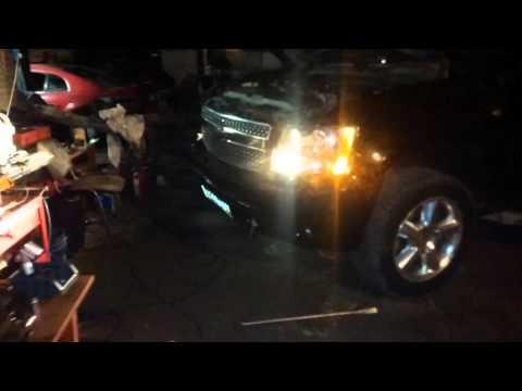 Chevrolet tahoe 07-13 мигаем светом с ДХО