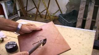 getlinkyoutube.com-Cómo hacer agujeros en azulejos (2)
