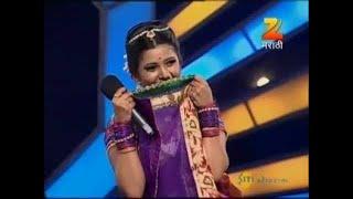 getlinkyoutube.com-Eka Peksha Ek Apsara Aali - September 23, 2013 - Prajakta