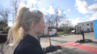 getlinkyoutube.com-Iwona Blecharczyk, jedyna kobieta w Polsce, która jeździ wielkogabarytowym TIR-em