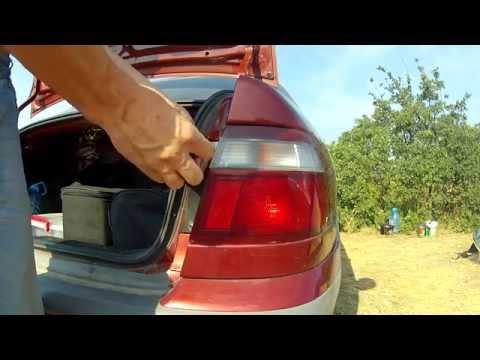 Как снять задний фонарь и заменить лампу MAZDA 626 GF 97-03 гв