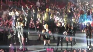 getlinkyoutube.com-2PM Run to You + Ending ♥ Music Bank in Paris