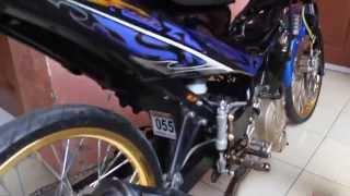 getlinkyoutube.com-Drag Bike Satria Fu 155cc HD