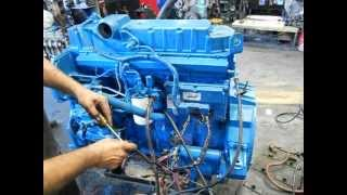 getlinkyoutube.com-Motor International DT 530 Electrónico