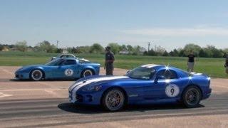 getlinkyoutube.com-Corvette vs Viper Race