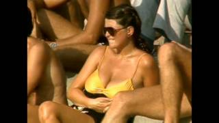 getlinkyoutube.com-Big boobs at the cricket, Aussie 80's style