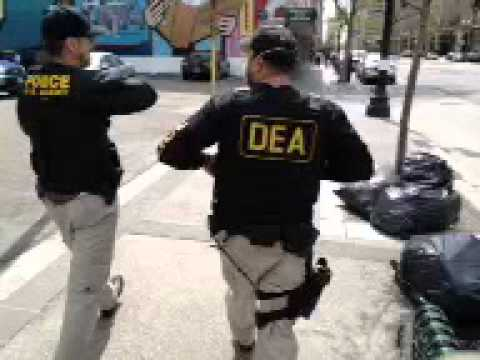 Raw Video (3 of 3): DEA, IRS, & US Marshals raid Oaksterdam/Richard Lee 4/2/2012